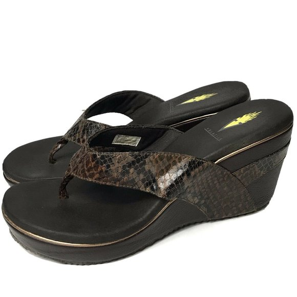 VOLATILE Brown REPTILE Print Thong Wedge Sandals